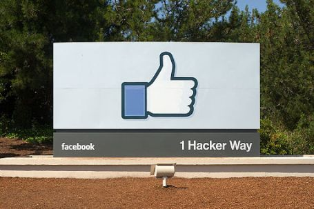 Facebook Headquarters SIgn Menlo Park